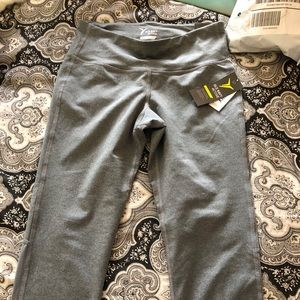 BRAND NEW W/ tags! Old navy dry fit leggings